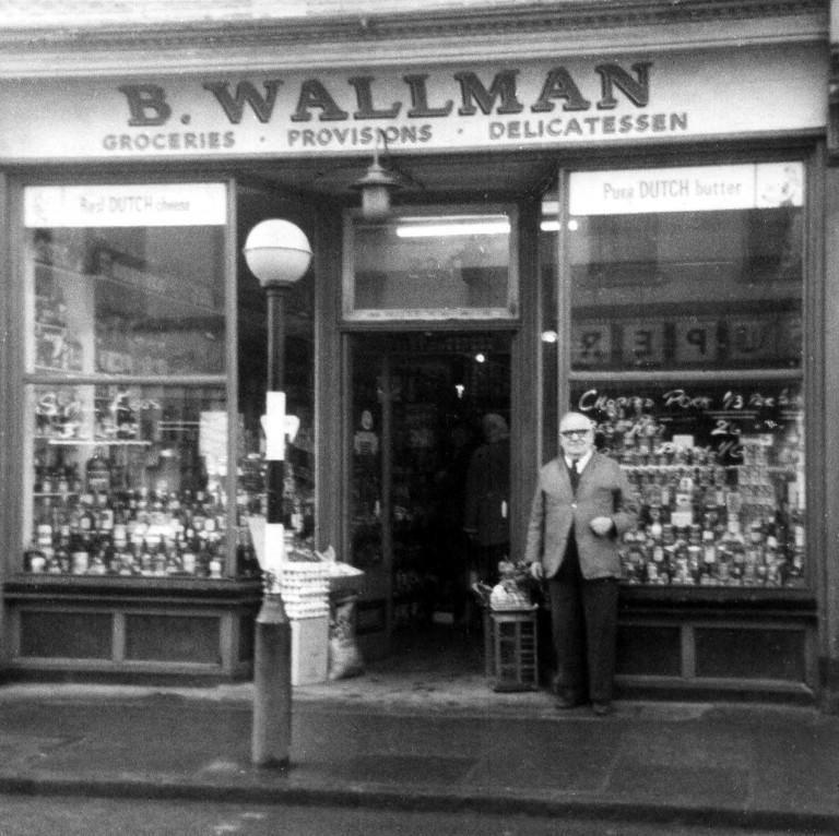 Wallman's